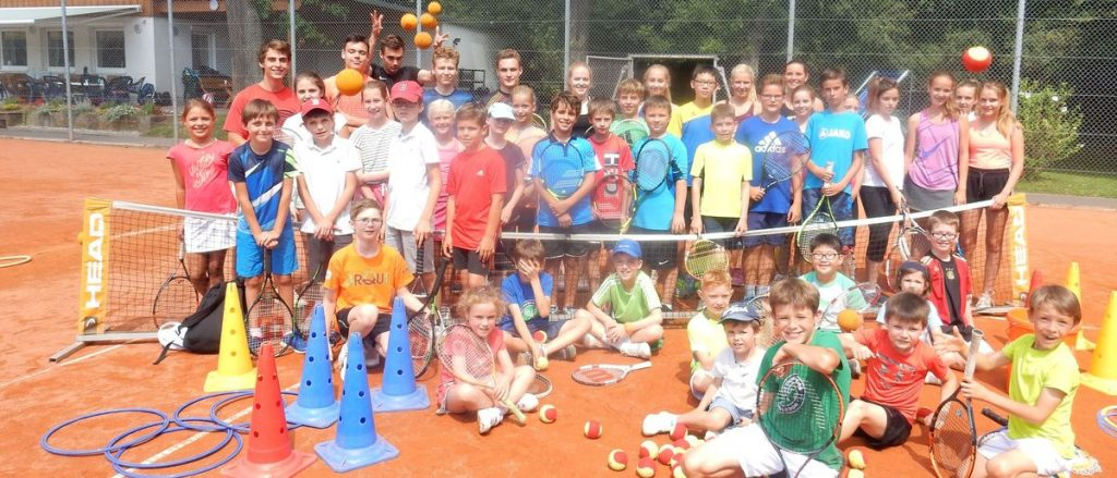 Hohe Teilnehmerzahl und viel Spass bei den Tennis Camps im TC Liederbach