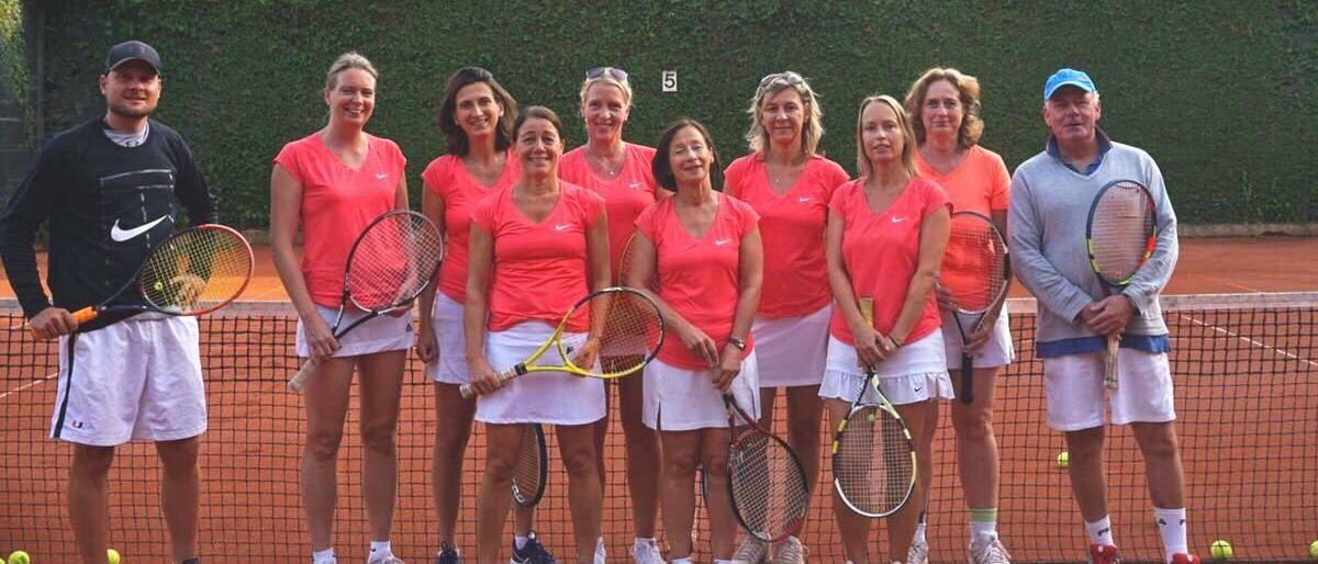 Permalink zu:Damen 40 II – Tolle Saison gleich mit Aufstieg!