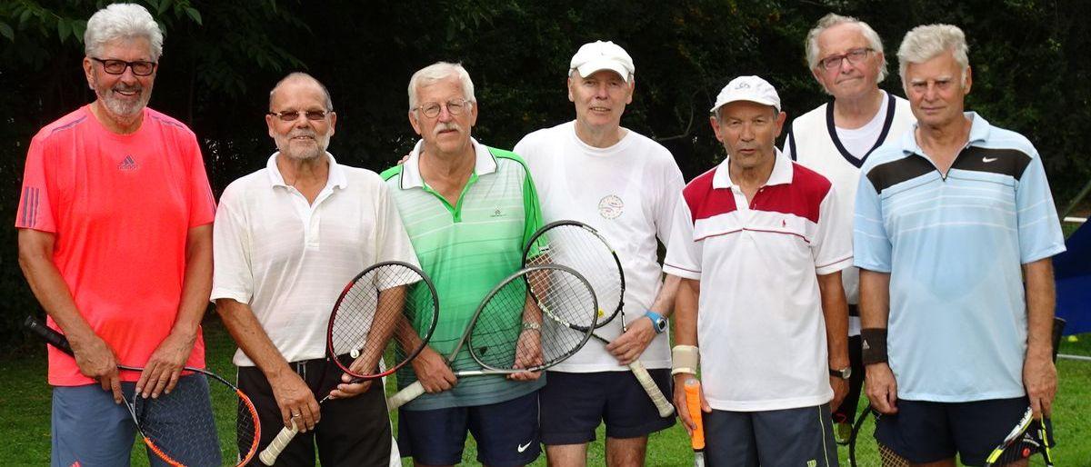 Permalink zu:Erfolgreiche Tennis-Seniorenmannschaft beim TC Liederbach